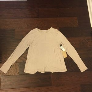 Light Taupe Halogen Tee size M